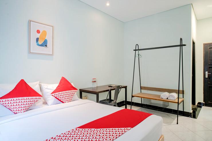 OYO 3131 Sayang Home Stay Makassar - Guestroom