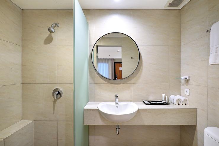 Artotel Wahid Hasyim Jakarta - Bathroom