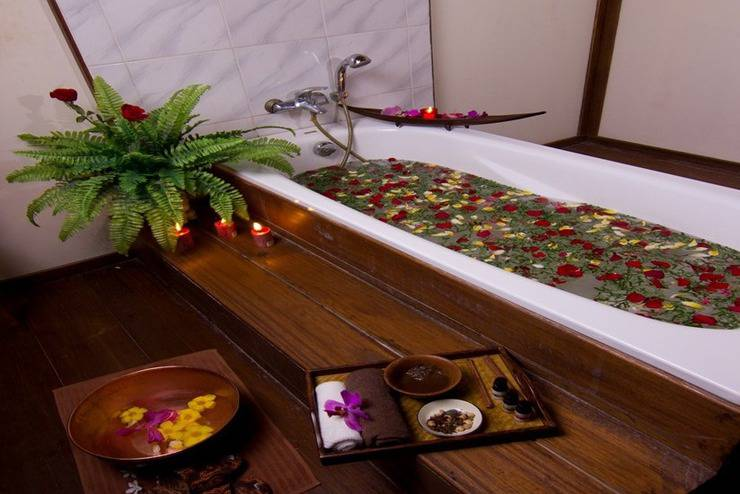 Gardenia Resort and Spa Pontianak - Bathtub