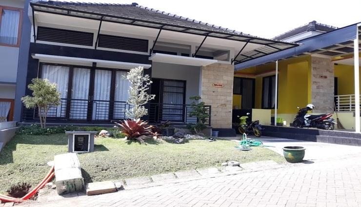 Villa Kusuma Pinus M6 Malang - exterior