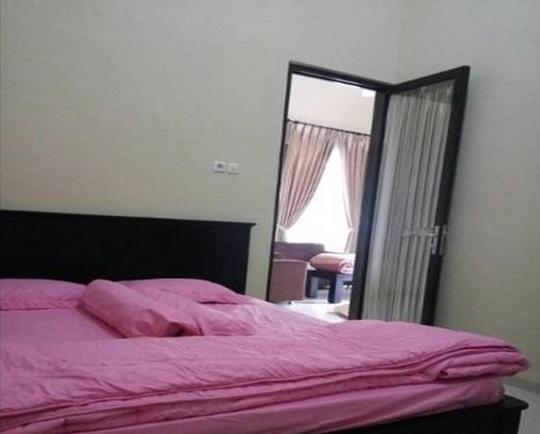 Villa Kusuma Pinus M6 Malang - room