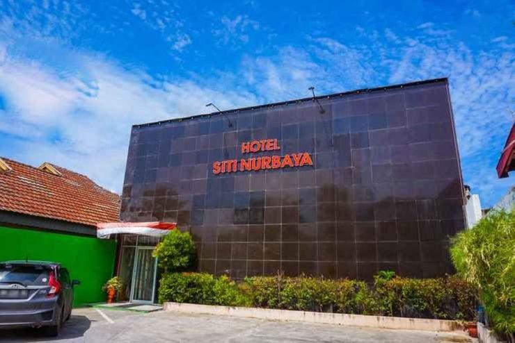 Hotel Siti Nurbaya Syariah Padang - Facade
