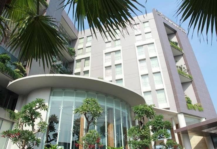 Soll Marina Hotel Serpong - Hotel Building