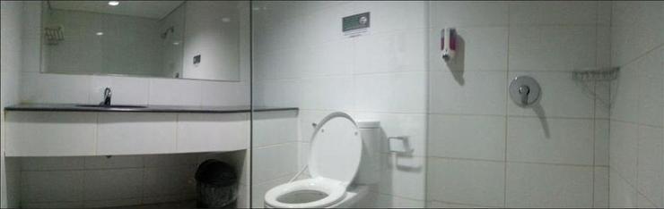 L Bajo Hotel Komodo Flores - BATHROOM