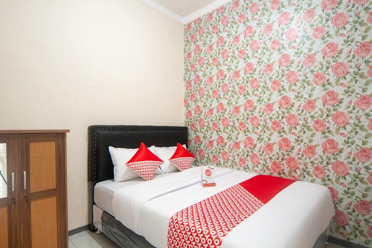 OYO 2956 Puri Buana Syariah Karawang - Guestroom