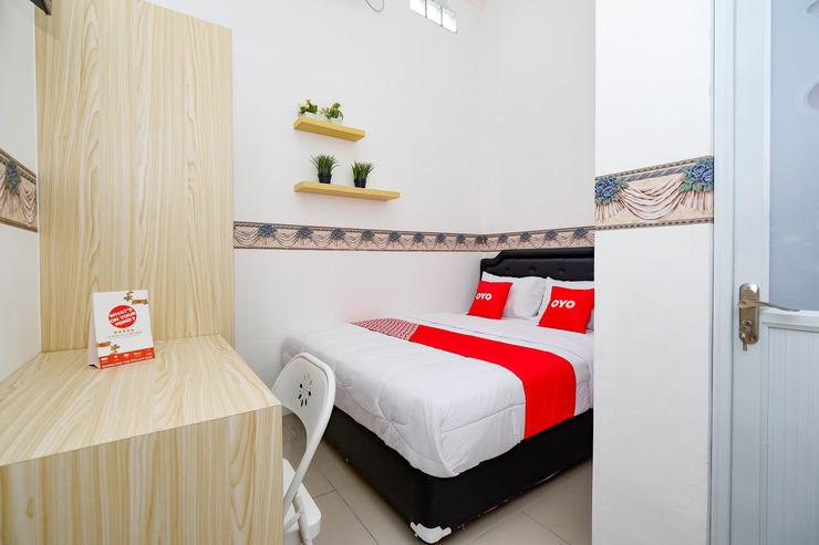OYO 2782 Puspa Residence Semarang - Guest Room