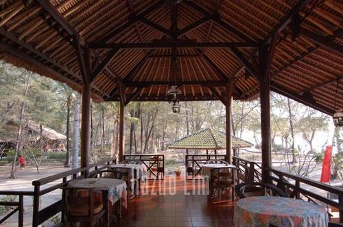 Gazebo Meno Hotel Lombok -  Interior