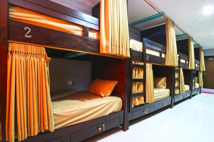 Raja Rani Hostel Bali - Bunk Bed