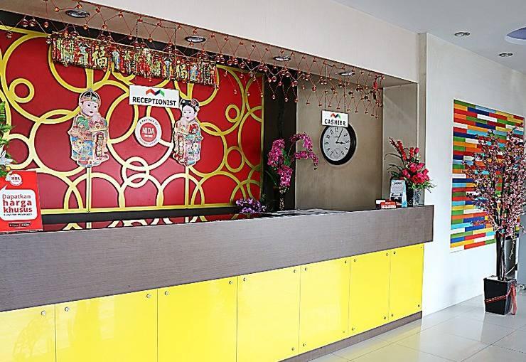 NIDA Rooms Tampan Hj Soebrantas Simpang Baru - Resepsionis