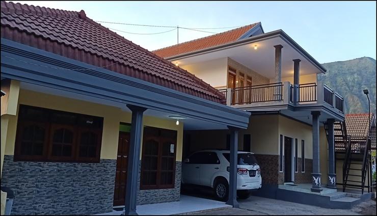 Holiday Homes Anggun Bromo Probolinggo - exterior