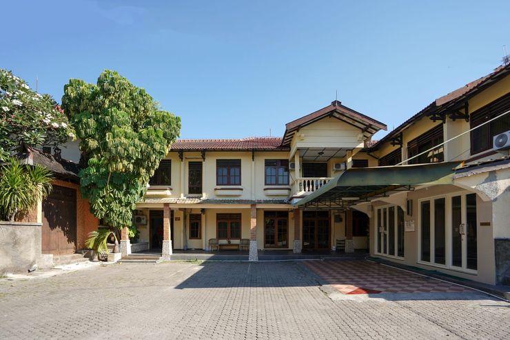 OYO 1018 Penginapan Darma II Surabaya - Facade