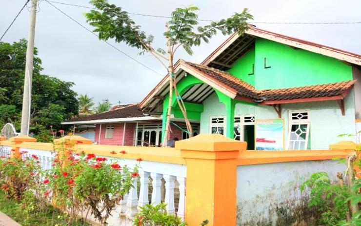 Anggun Homestay Banyuwangi - Exterior