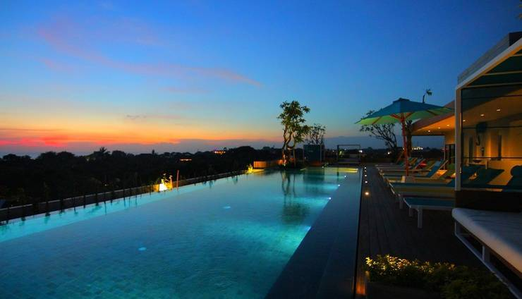 Rama Residence Padma Bali - Rooftop Swimming Pool
