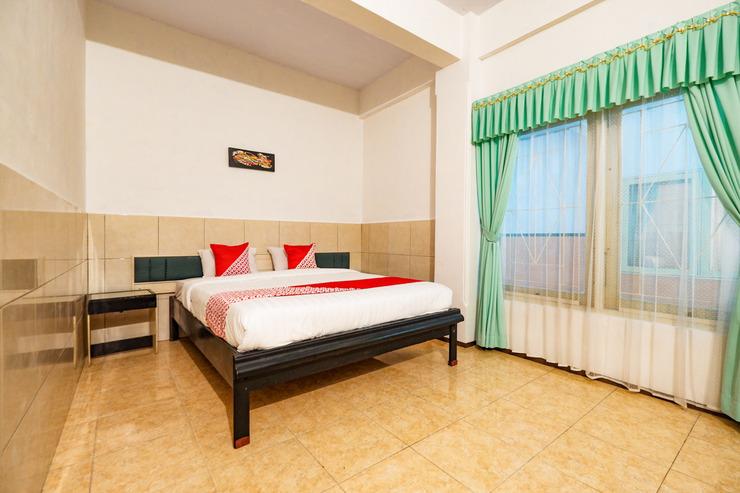 OYO 2855 Sartika Hotel Pati Pati - Suit Double Bedroom
