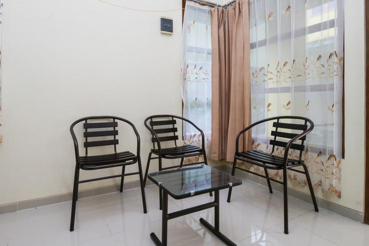 Airy Lowokwaru Kedawung Lima 25J Malang - Living Room