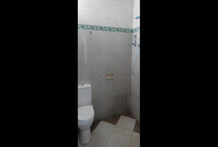 Rossan Villa Bandung - Bathroom