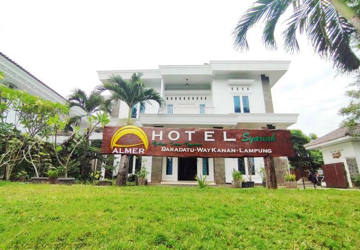 Almer Hotel Way Kanan - Facade