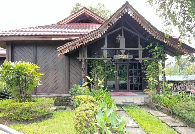 Hotel Haai Balikpapan - Exterior