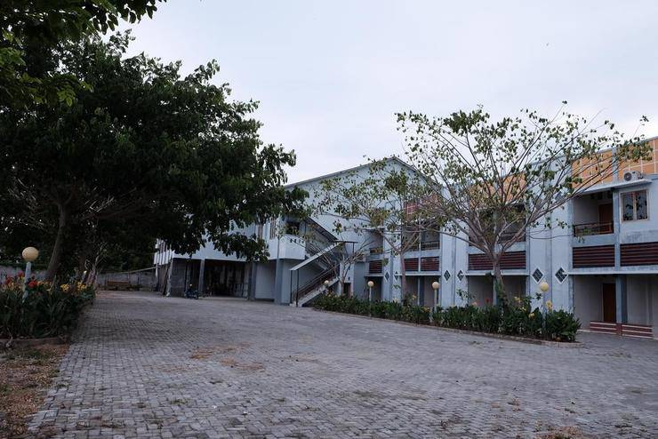 Hotel Agri Bulukumba - Exterior