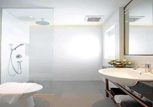 Brava Suites by Zia Surabaya - Guest room