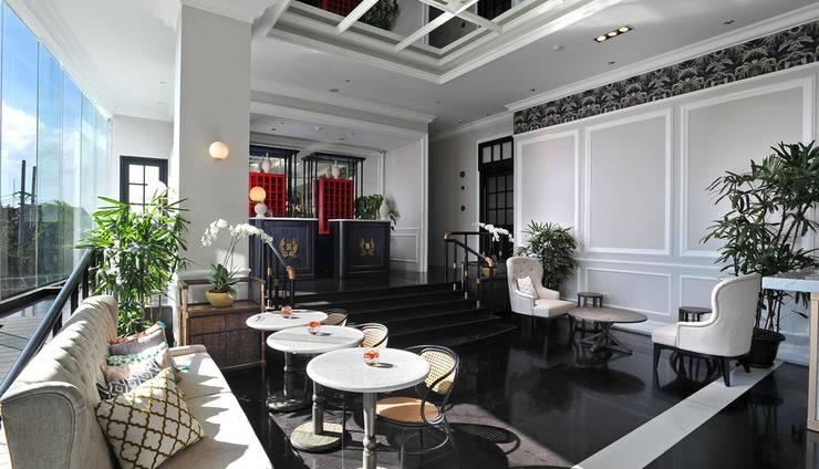Brava Suites by Zia Surabaya -