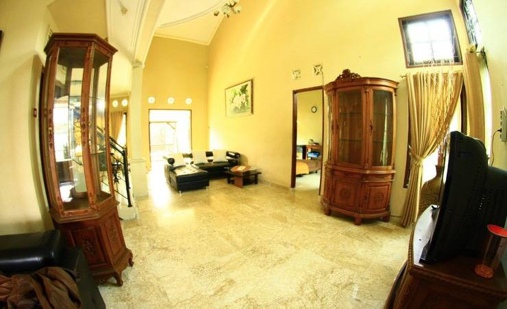 Grya Natasha Guest House Yogyakarta - Ruang tamu