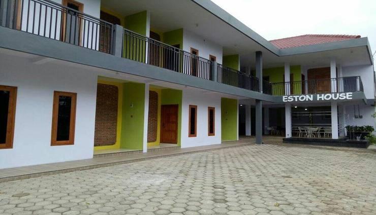 Eston House Banyuwangi - Exterior