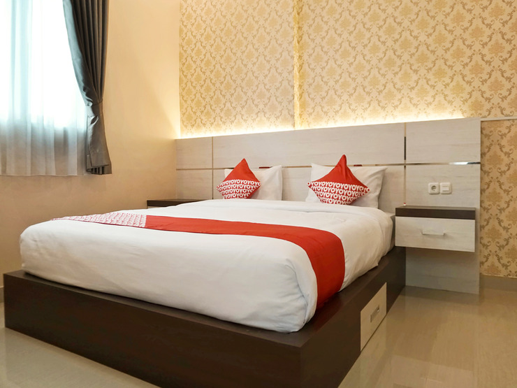 OYO 1539 Amryrooms Pekanbaru - Deluxe Double Bedroom