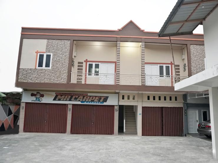 OYO 1539 Amryrooms Pekanbaru - Facade
