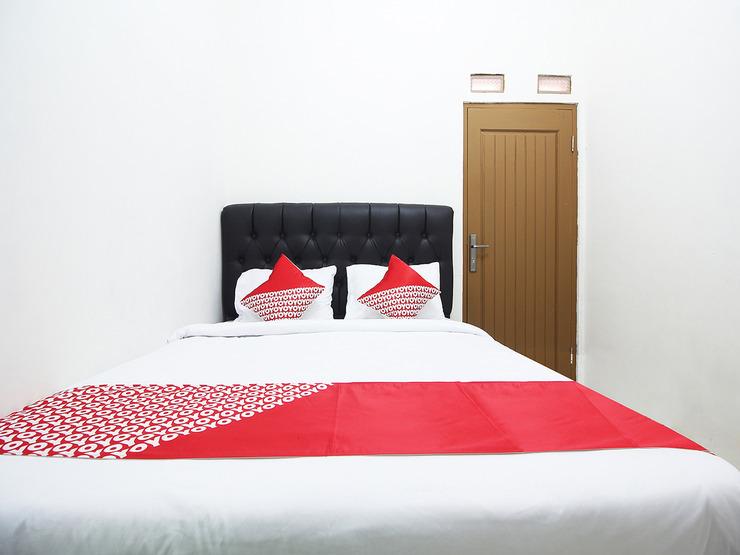OYO 2593 Mawar Homestay Bandar Lampung - Standard Double Bedroom