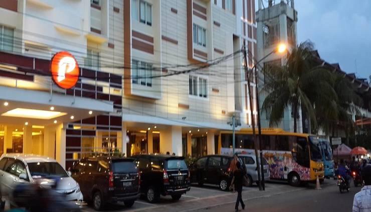 d'primahotel ITC Mangga Dua Jakarta - Facade