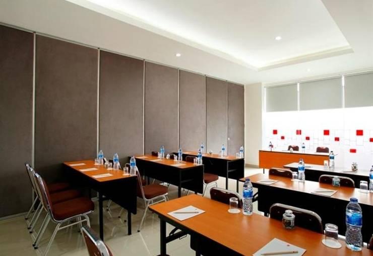 Amaris Hotel La Codefin Kemang - Ruang Rapat