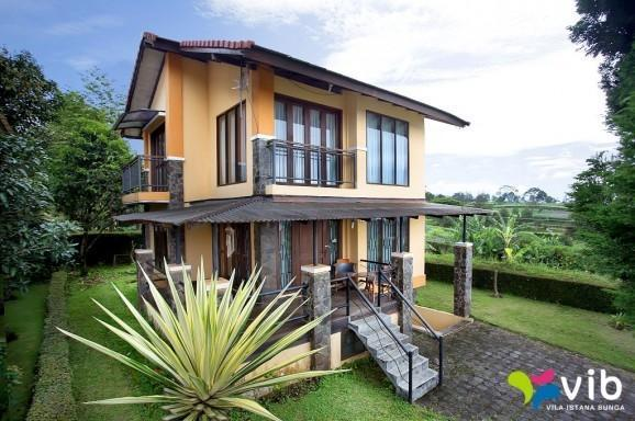Villa G8 Istana Bunga - Lembang Bandung Lembang - Villa G8 (29/11/2013)