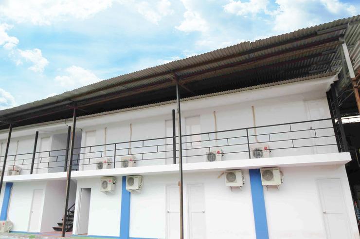 Kamar Keluarga Kalideres 2 Jakarta - Facade