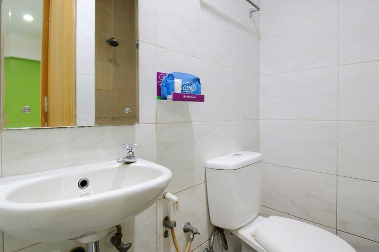 Airy Wonorejo Ruko Lancang Kuning Nangka Pekanbaru - Bathroom