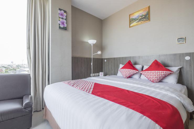 OYO 635 lynt Hotel Makassar - deluxe double bedroom