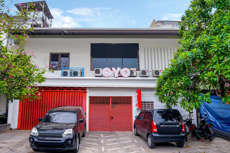 OYO 658 Alibaba Residence Surabaya - Facade
