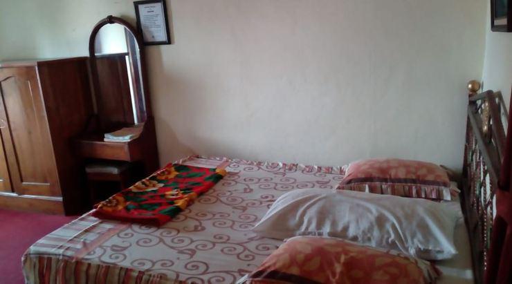 Wisma & Kantin Amanda Mojokerto - Bedroom