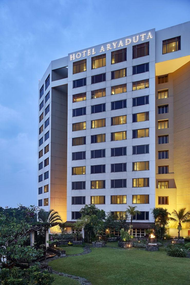 Hotel Aryaduta Bandung - Hotel Front