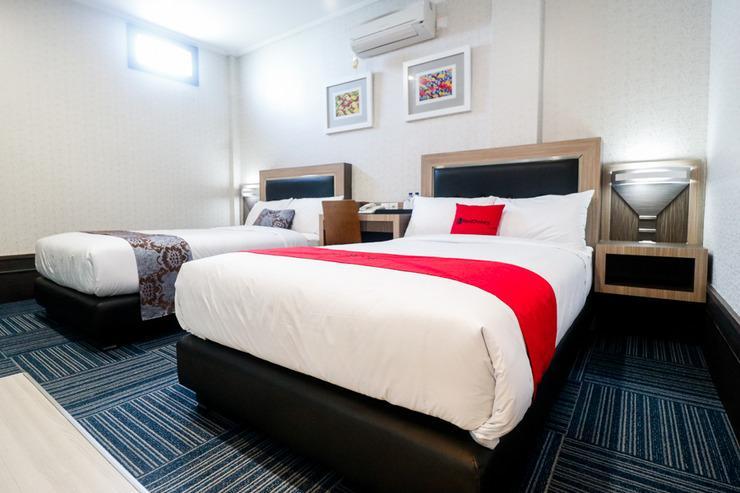 RedDoorz near Taman Bekapai Balikpapan - Room