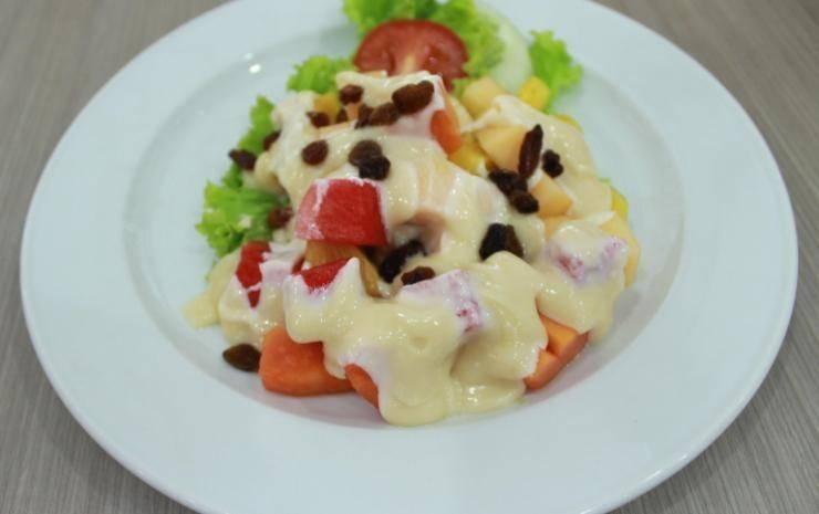 Amadeo Hotel Duri Bengkalis - Makanan