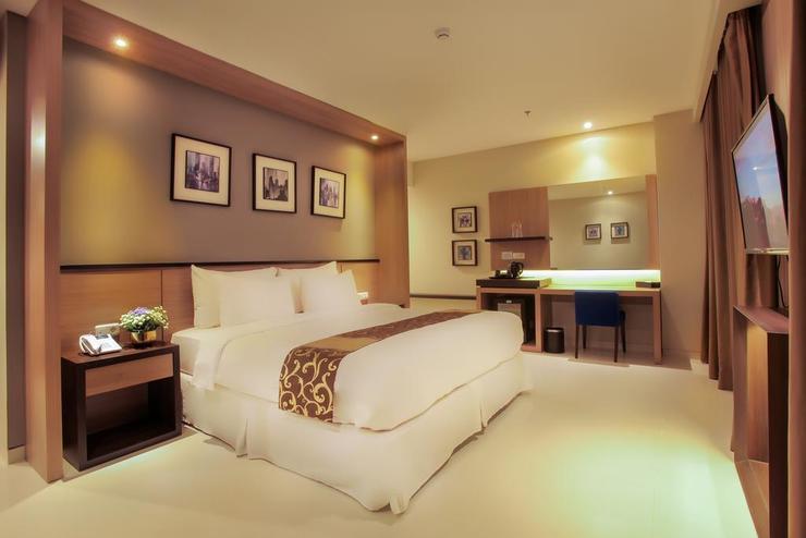 Montana Premier Senggigi - Bedroom