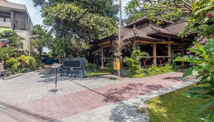 ZenRooms Seminyak Taman Petitenget Bali - Tampak luar