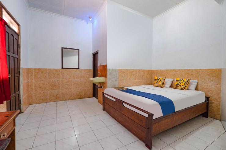 SPOT ON 2865 Sartika Inn Pati Pati - Guestroom Sp/D