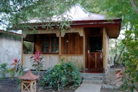 Wailiti Hotel Maumere - Cottage View