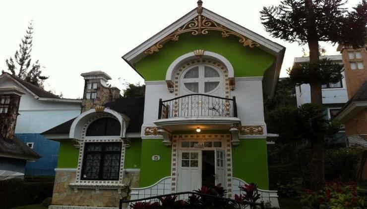 Villa Kota Bunga Dahlia Cianjur - Facade