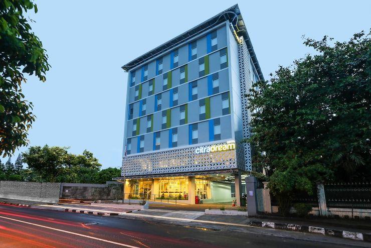 Hotel Citradream Tugu Yogyakarta Yogyakarta - Front of Property