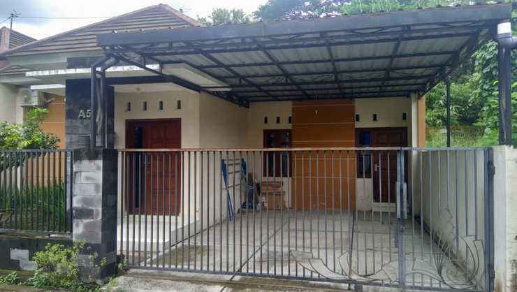 Catleya Guesthouse Yogyakarta - Facade
