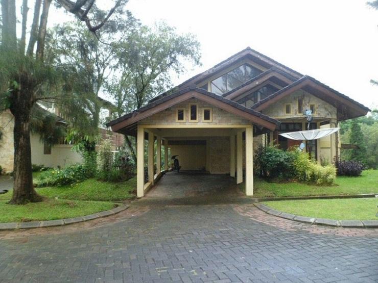 Villa Kota Bunga Allamanda Cianjur - Exterior