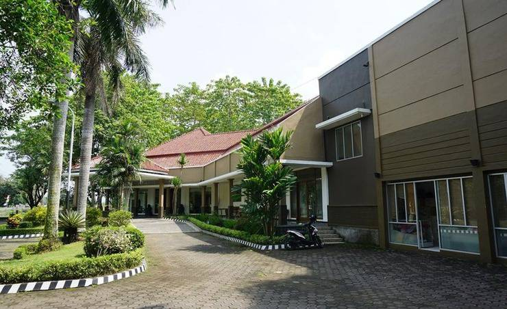Review Hotel Candisari Hotel and Resto (Kebumen)